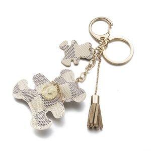 Accessories - White bear keychain